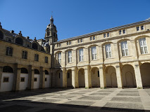 cour-mably